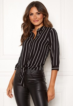 Happy Holly Juliette ss knot shirt Black / Striped Bubbleroom.no