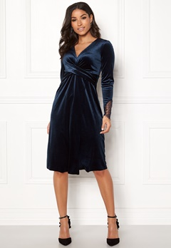Happy Holly Leonora velour dress Dark blue Bubbleroom.no