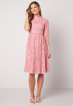 Happy Holly Madison lace dress Dusty pink Bubbleroom.no