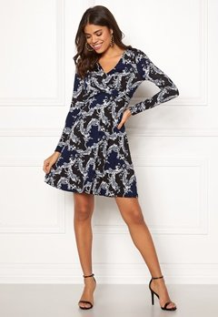 Happy Holly Marlene dress Dark blue / Patterned Bubbleroom.no