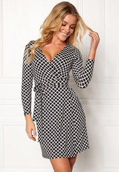 Happy Holly Millie wrap dress Black / Offwhite Bubbleroom.no