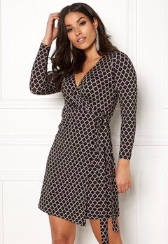 Happy Holly Millie wrap dress Patterned Bubbleroom.no
