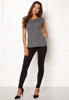 Happy Holly Nora top Black / Patterned Bubbleroom.no