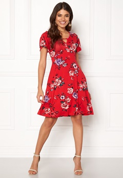 Happy Holly Scarlett dress Red / Patterned Bubbleroom.no