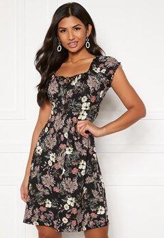 Happy Holly Tessan dress Black / Patterned Bubbleroom.no