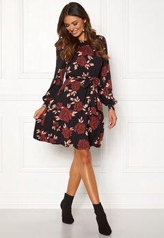 Happy Holly Tova dress Black / Patterned Bubbleroom.no