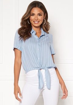 Happy Holly Vilma knot shirt Light blue / Striped Bubbleroom.no
