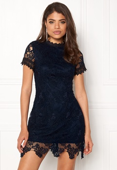 AX Paris High Neck Lace Dress Navy Bubbleroom.no