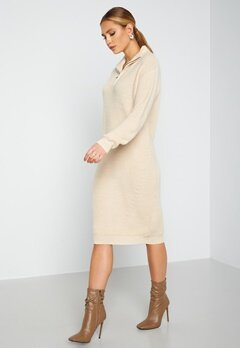 ICHI Novo Knitted Dress 121403 Tapioca bubbleroom.no