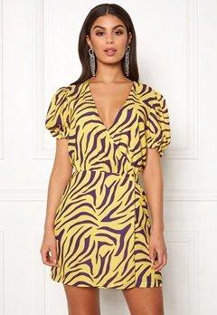 Ivyrevel Puff Sleeve Overlap Dress Purple/Yellow Bubbleroom.no