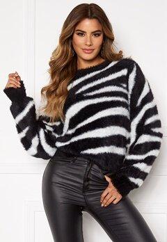Ivyrevel Relaxed Fuzzy Knit Black/White Zebra Bubbleroom.no