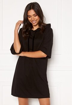 Jacqueline de Yong Dawn 3/4 Hood Sweat Dress Black Bubbleroom.no