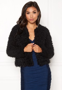 Jacqueline de Yong Elsa Fluffy Short Jacket Black Bubbleroom.no
