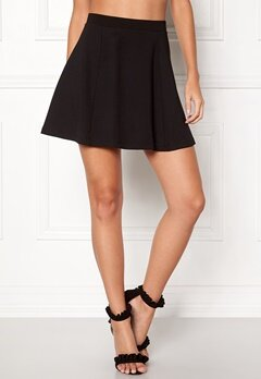 Jacqueline de Yong Pretty Skater Skirt Black Bubbleroom.no
