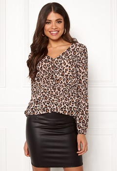 Pieces Jess LS Top Warm Sand / Leopard Bubbleroom.no