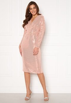 John Zack Sequin Deep V Batwing Sleeve Midi Dress Blush Bubbleroom.no