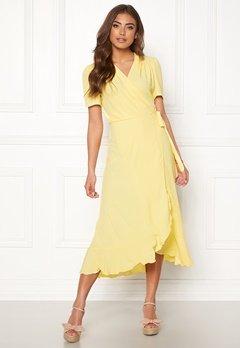 John Zack Short Sleeve Wrap Dress Lemon Bubbleroom.no