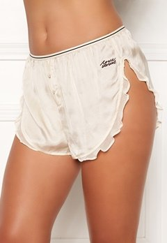 Love Stories Mae Cover Up Shorts Off White Bubbleroom.no