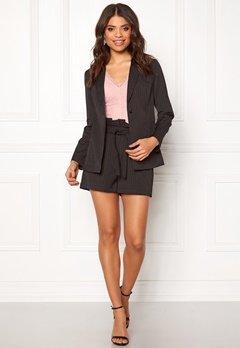Make Way Disa paperbag shorts Black / Striped Bubbleroom.no