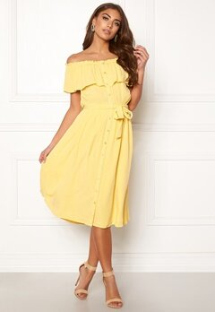 Make Way Jaqline offshoulder dress Light yellow Bubbleroom.no