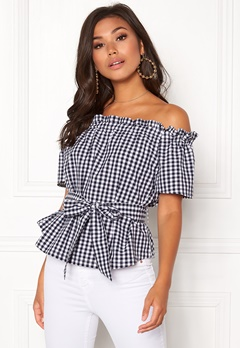 Make Way Kassey off shoulder top Black / White / Checked Bubbleroom.no