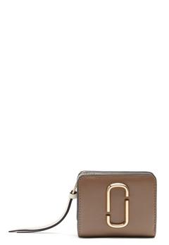 Marc Jacobs Mini Compact Wallet 064 French Grey Mult Bubbleroom.no