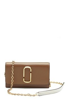 The Marc Jacobs Wallet on Chain 064 French Grey Mult Bubbleroom.no