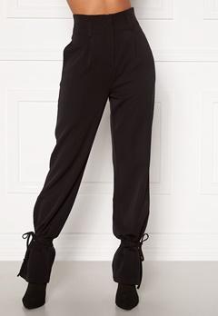 Martine Lunde X Bubbleroom Tied suit trousers Black bubbleroom.no