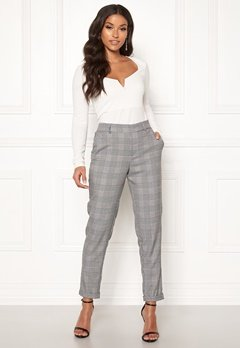 VERO MODA Maya MR Loose Check Pant Black Checks: White Bubbleroom.no