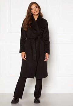 Moa Mattsson X Bubbleroom Pointy collar coat Black Bubbleroom.no