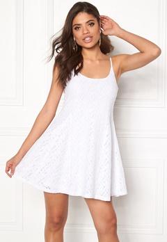 Model Behaviour Nova Dress White Bubbleroom.no