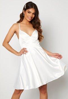 Moments New York Angela Satin Dress White Bubbleroom.no