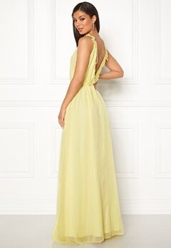 Moments New York Aster Chiffon Gown Light yellow Bubbleroom.no