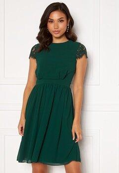 Moments New York Camellia Lace Dress Dark green Bubbleroom.no