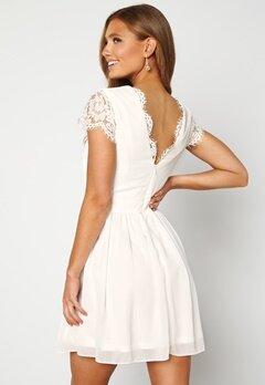 Moments New York Camellia Lace Dress White Bubbleroom.no