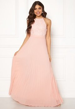 Moments New York Casia Pleated Gown  Bubbleroom.no