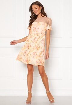 Moments New York Dana Chiffon Dress Floral Bubbleroom.no