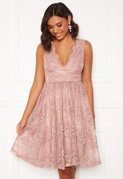 Moments New York Ella Lace Dress Pink Bubbleroom.no