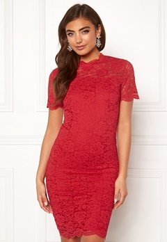 Moments New York Kassia Lace Dress Red Bubbleroom.no