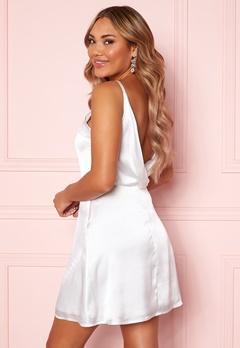 Moments New York Laylani Satin Dress White Bubbleroom.no