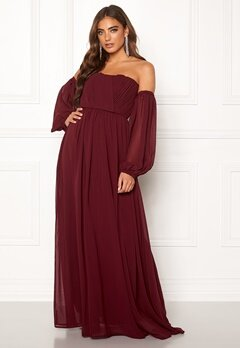 Moments New York Liliane Pleated Gown Wine-red Bubbleroom.no