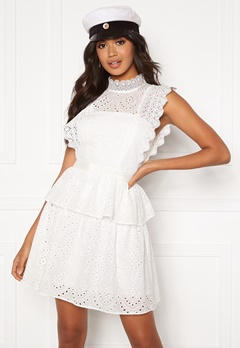 Moments New York Olivia Crochet Dress White Bubbleroom.no