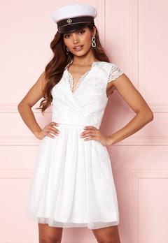 Moments New York Prudence Mesh Dress White Bubbleroom.no