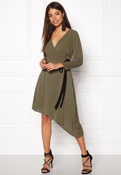 New Look Plain Wrap Midi Dress 12,25 Bubbleroom.no