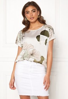 OBJECT Pantheon S/S Urban Top Gardenia/Big Floral Bubbleroom.no
