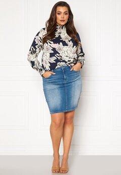 Only Carmakoma Lalola Life Skirt Medium Blue Denim Bubbleroom.no