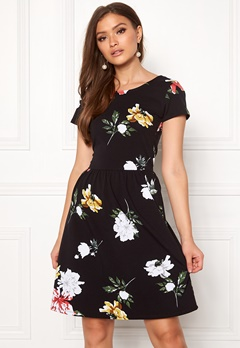 ONLY Dalia S/S Niella Dress Black Bubbleroom.no