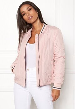 ONLY Dorah Quilted Bomber Jkt Rose Smoke Bubbleroom.no
