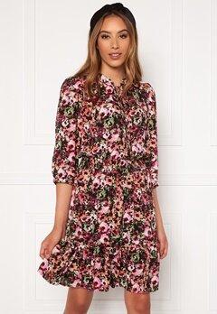 ONLY Lavin 3/4 Short Dress Black AOP Neon Flowe Bubbleroom.no