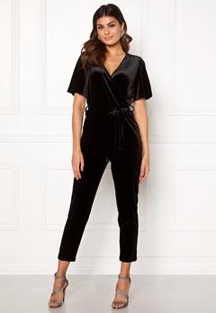 ONLY Luxe Velvet SS Jumpsuit Black Bubbleroom.no